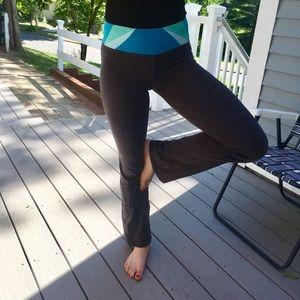 Aeropostale Women's Yoga Pants